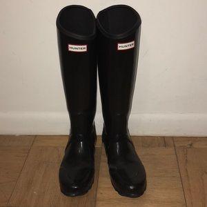 Hunter glossy rain boots